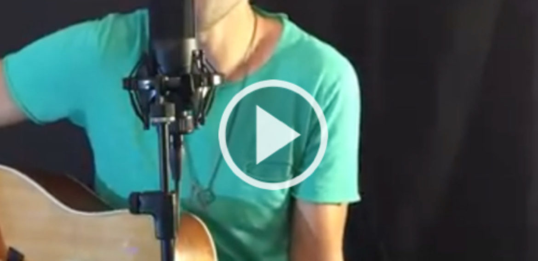 "Samuele Rossin performing ""Bella"" (Jovanotti)"