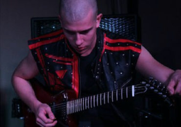 Le dita volano per Ibanez: Giovanni Scardoni, il guitar-hero veronese