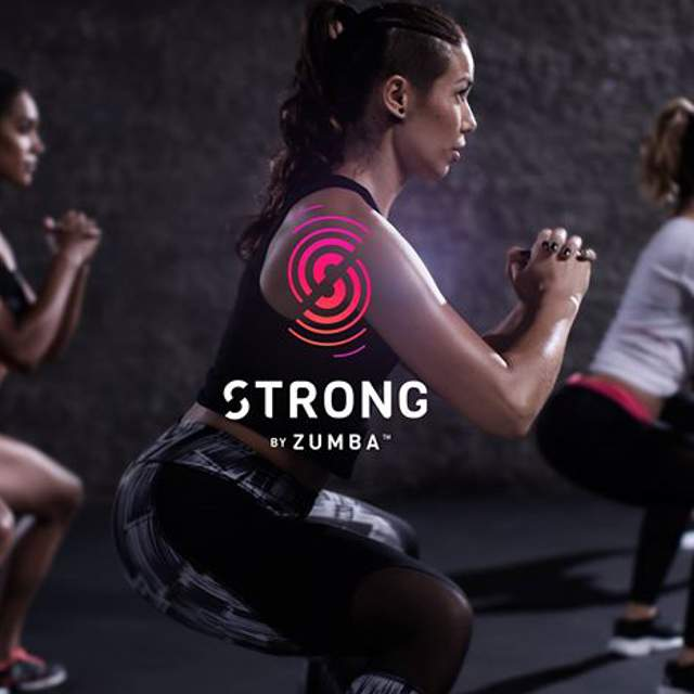 Lezione di Strong by Zumba con istruttori certificati a School of Art Verona