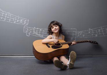 Meno tablet e più chitarre, con musicAscuola