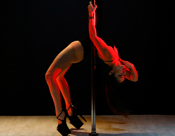 Corso di Pole Dance Exotic a Colognola ai Colli - San Bonifacio - Soave - Verona - School of Art