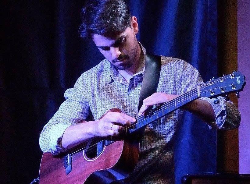 Foto di Martino Posenato, docente di chitarra acustica ed elettrica a Verona e provincia - School of Art®